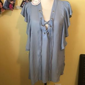 NWT Umgee blue tie front blouse